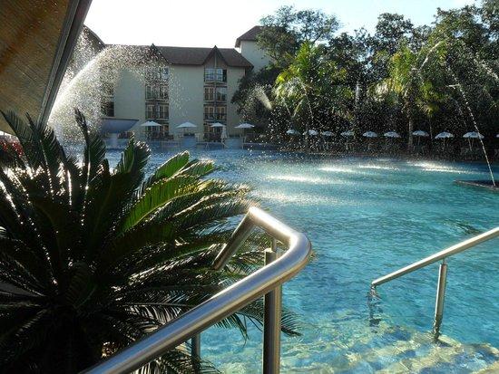 Recanto Cataratas Thermas Resort & Convention: pileta descubierta
