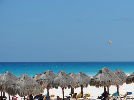 Iberostar Cancun: Palapas