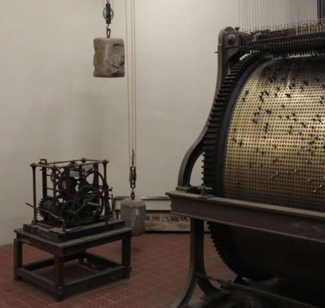 Ghent City Center: Carillon in Ghent Cathedral Tower