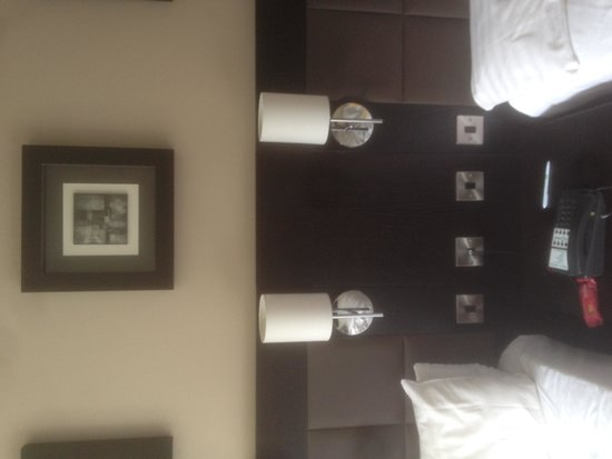 Holiday Inn Telford - Ironbridge: great room decor