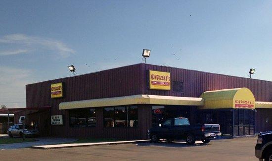 Novrozsky's Hamburgers: Novrazsky's exterior-Sulphur, LA