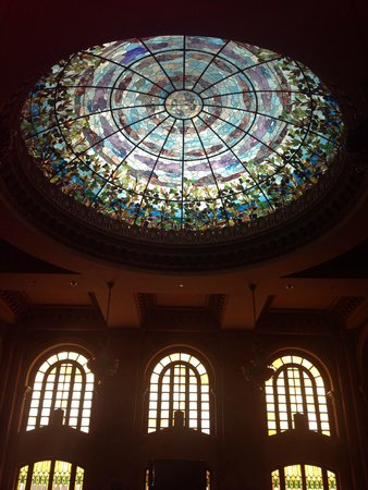 Camino Real El Paso: Dome in main lobby, stained glass window.