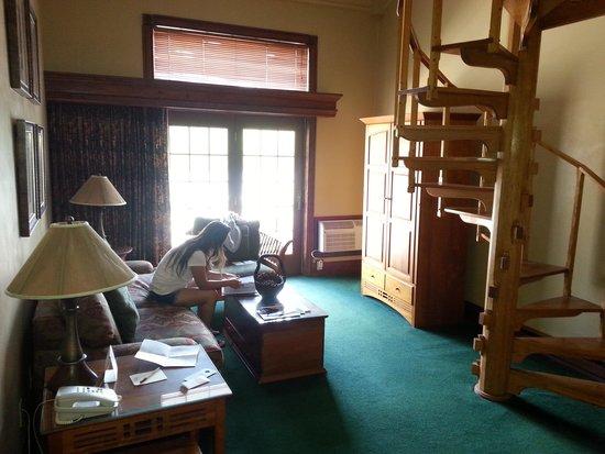 Mirror Lake Inn Resort & Spa: Living room.