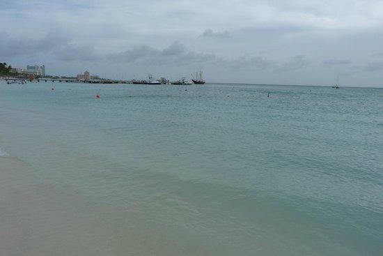 Aruba Marriott Resort & Stellaris Casino: A view of Beach