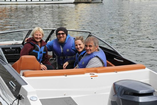 Granville Island Boat Rentals and Fishing Charters: Boat