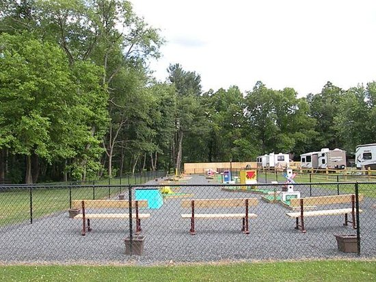 Copake Camping Resort: Mini Golf