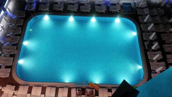 Grand Zaman Beach Hotel: Havuz gayet iyiydi
