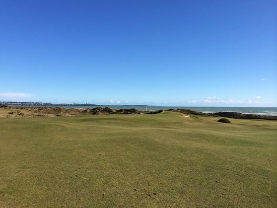 Barnbougle Dunes: Looks nice keep the ball down