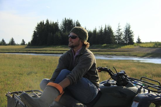 Silver Salmon Creek Lodge: Our very competent guide - Brian
