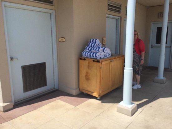 Wyndham La Cascada: Pool towels