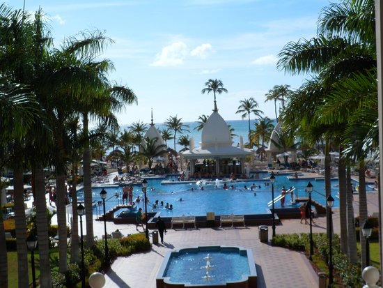 Hotel Riu Palace Aruba: Vista desde el corredor