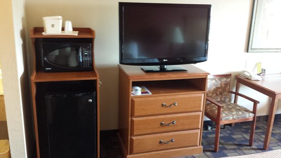 BEST WESTERN Windsor Pointe Hotel & Suites-AT&T Center: room