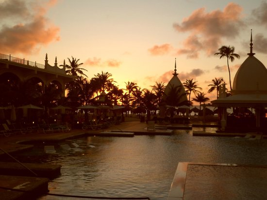 Hotel Riu Palace Aruba: atardecer...paz!