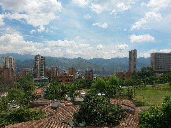 Hotel Plaza Granada: Tarde desde el piso 5