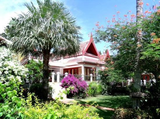 Royal Living Residence, : Scenary