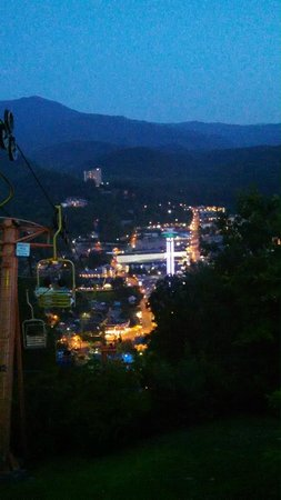 Gatlinburg Sky Lift: Night view