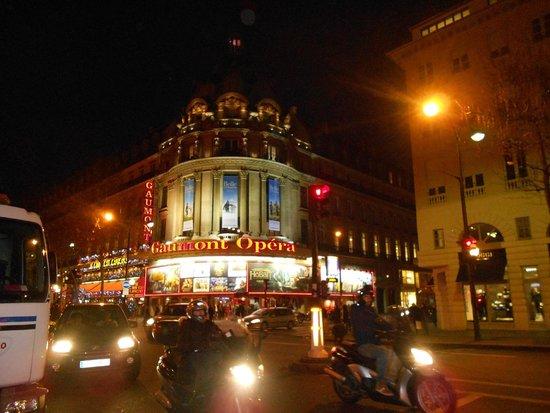 Opera district: Ночной район Оперы