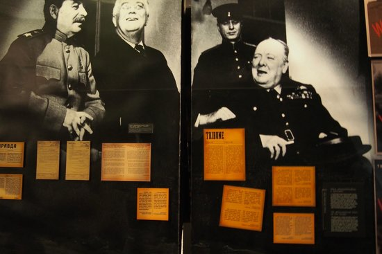 """Warsaw Uprising Museum: When Poles were fighting for their homeland, the BIG THREE discussed """"post-war"""" power distributi"""