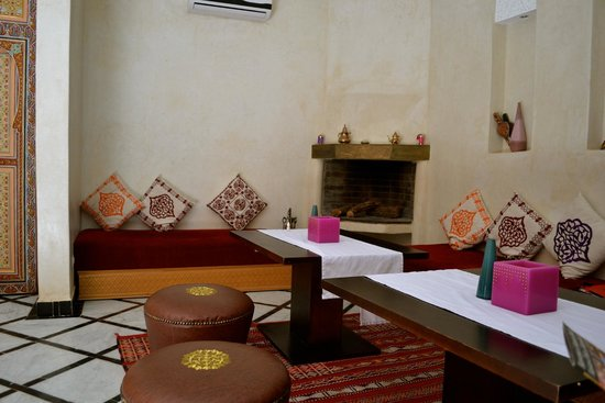 Hammam Rosa Bonheur: waiting area and where we ate our meal