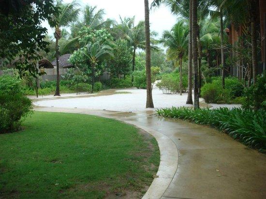 Renaissance Phuket Resort & Spa: Ground