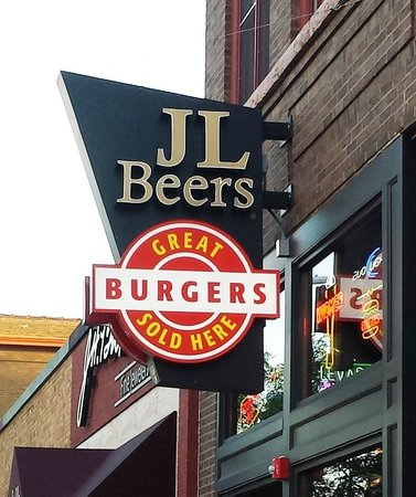 JL Beers: As the sign says, great burgers!!