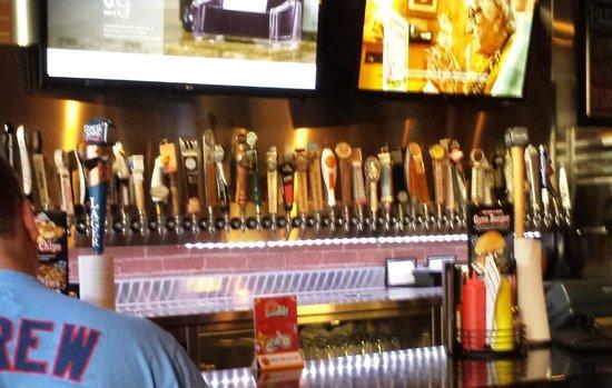 JL Beers: 40+ taps