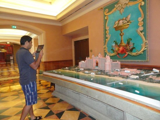 Atlantis, The Palm: Mini model of the hotel