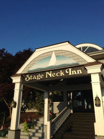 Stage Neck Inn: Main entrance