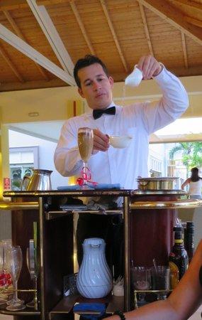 Hotel Playa Cayo Santa Maria : Yoan, pour le meilleur des meilleurs café flambé