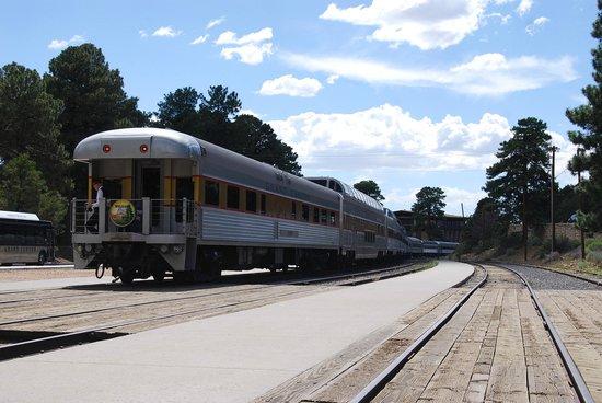 Grand Canyon Railway: upon arrival