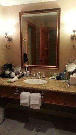 Roche Harbor Resort: Luxury bath