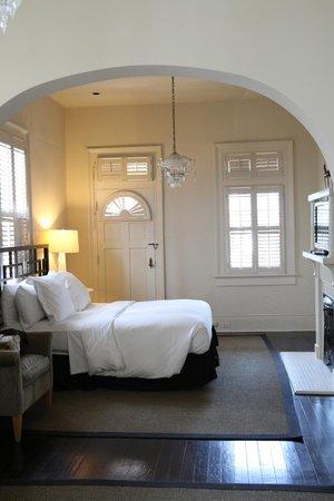 Melrose Mansion: camera napoleon4