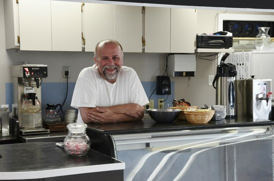 Cafe l'Acadie: Owner, Gary Leblanc enjoys sharing his passion for his Acadian heritage with guests.