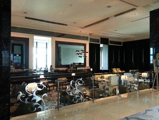 The St. Regis Bangkok: One of the Restaurant