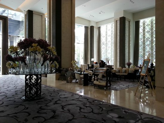 The St. Regis Bangkok: Lobby of the Hotel