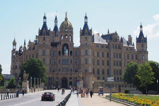 Schwerin Castle (Schweriner Schloss): This is the most beautiful part!