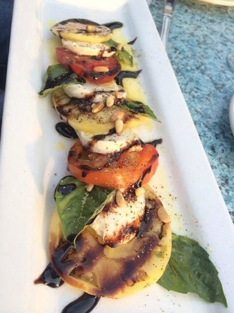 Benbow Inn Restaurant: Heirloom tomato salad