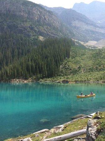 Moraine Lake: The lake was breathtaking.