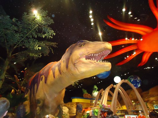 T-Rex : T Rex - entrada do restaurante