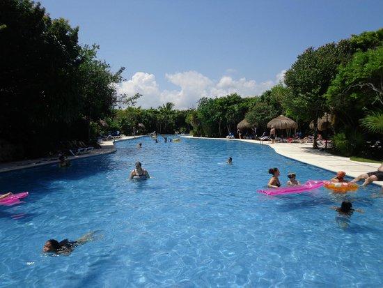 Grand Sirenis Riviera Maya Resort & Spa : Piscina para relax