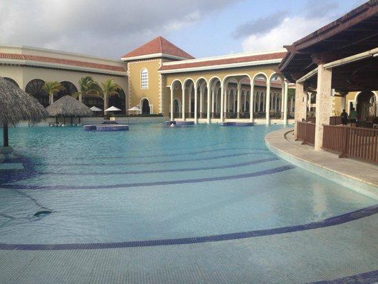 Paradisus Palma Real Golf & Spa Resort: Pool Area