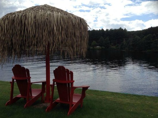 Algonquin Lakeside Inn: The View