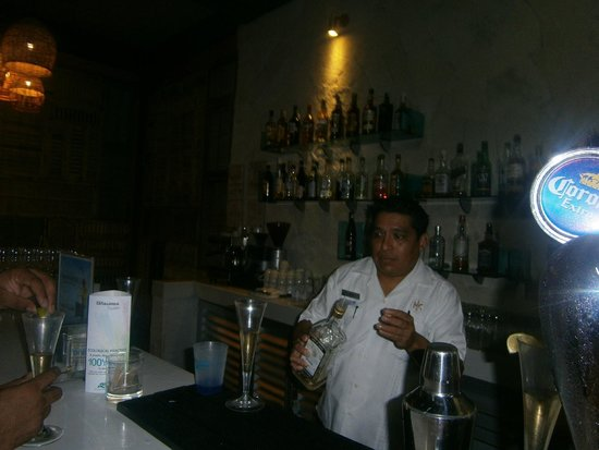 Catalonia Riviera Maya: Josue! Best bartender at Catalonia