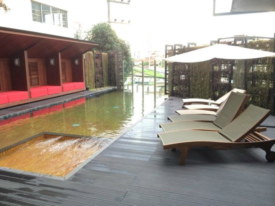 Ibis Styles Chiang Mai: Main Pool