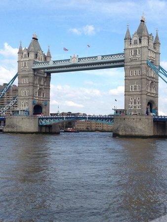 Puente Tower Bridge: Excellent!!