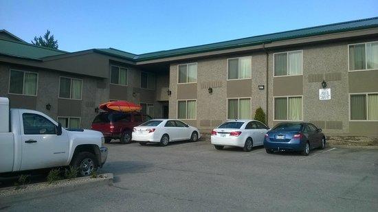 Sandman Inn & Suites Vernon: Exterior
