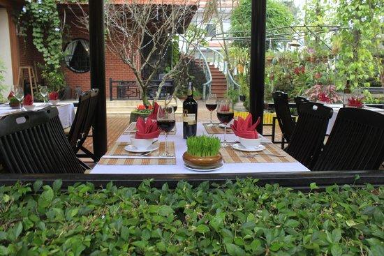 Betel Garden Villas: nha hang
