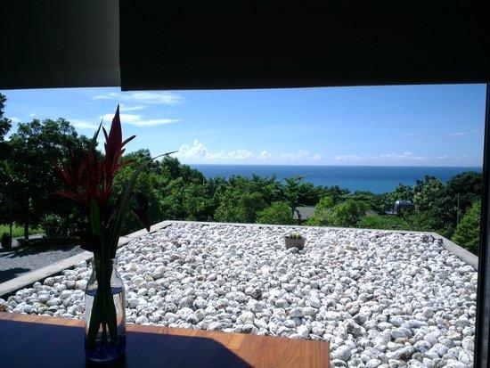David SamStrong Villa: 早餐搭配窗外美景真享受^  ^