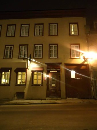 Hotel Jardin Ste-Anne : Exertior View of the hotel.