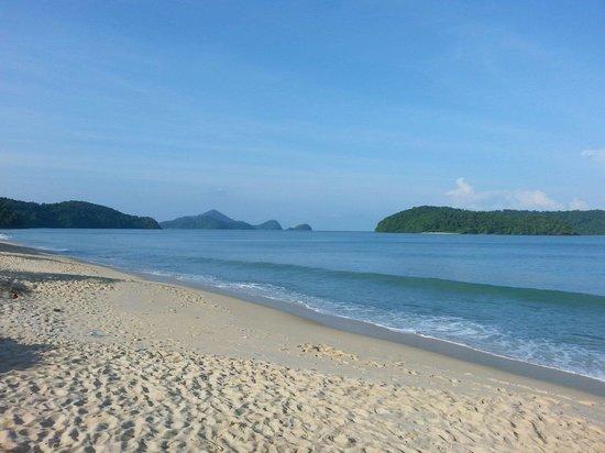 Tengah Beach: Superbe plage avec vue sur les iles